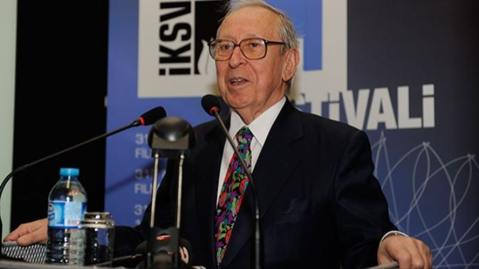 Türkiye'nin ilk Kültür Bakanı Talat Sait Halman vefat etti
