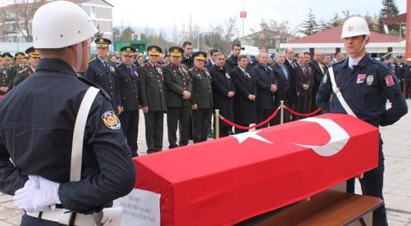 Şehit polis Ahmet Küçüktağ böyle defnedildi