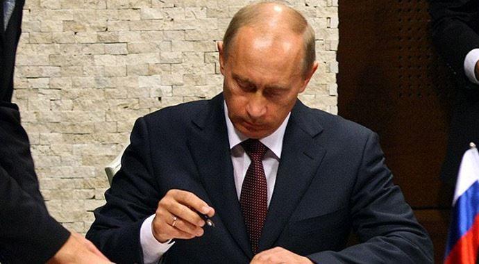 Kırım resmen Rusya'ya bağlanıyor