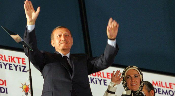 Başbakan Erdoğan'dan balkon konuşması