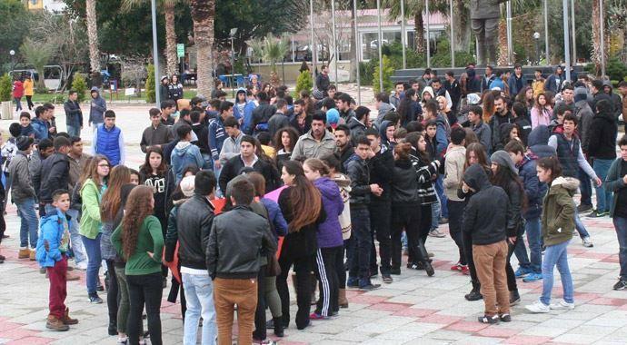 3 bin kişi Özgecan cinayetini protesto etti