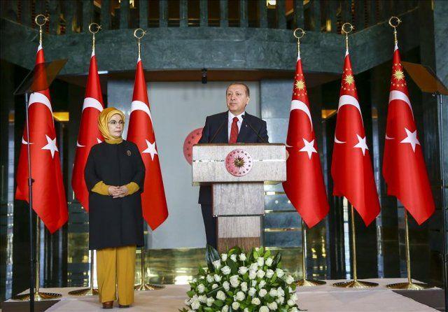 Erdoğan, Cumhurbaşkanlığı Külliyesi'nde sigarıyı bırakanları ağırladı