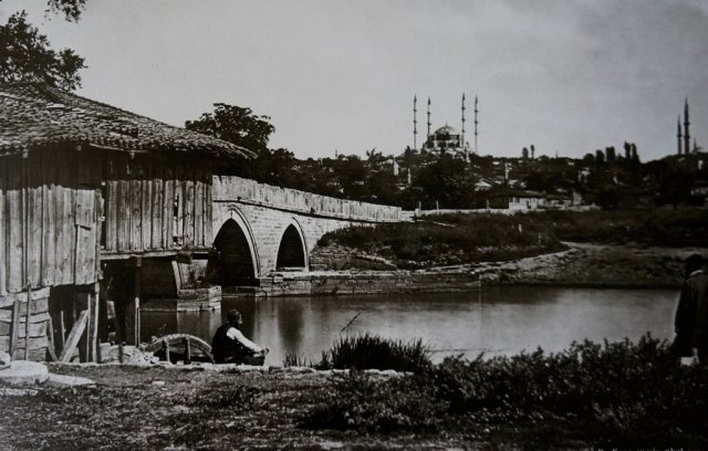 Sultan Abdülhamid'in fotoğraf koleksiyonu albümde toplandı