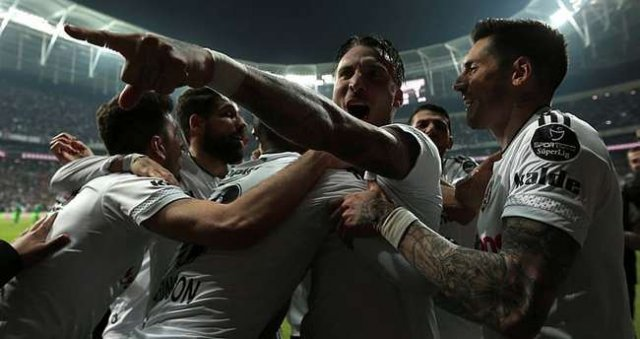 Beşiktaş'tan kupayı stada getirmek için bunu yapacak