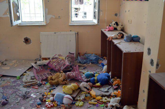 Teröristler Şırnak'taki okulları kullanılamaz hale getirdi