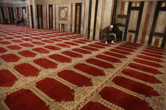 El-Halil Türk ziyaretçilerini bekliyor