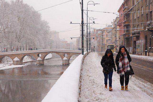 Saraybosna beyaza büründü