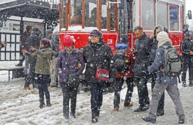 İstanbul'da kar başka güzel