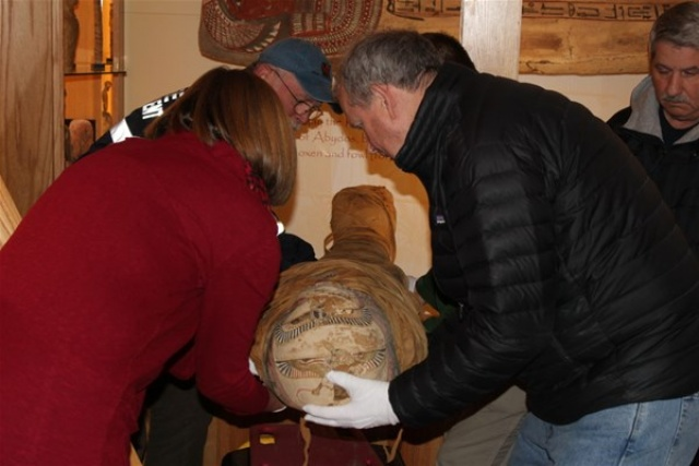 2 bin yıllık mumyanın tomografisi çekilince...