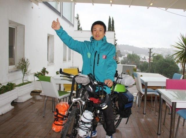 Japon turist 9 yıldır bisikletle dünyayı geziyor