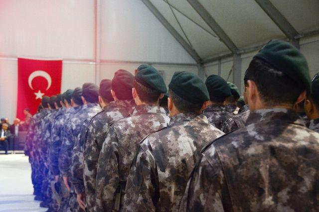 Özel harekâtçıların mezuniyet heyecanı