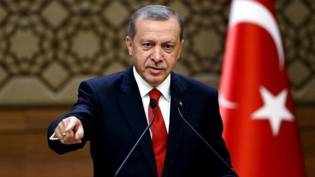 AK Partili seçmene Erdoğan mı Gül mü sorusu