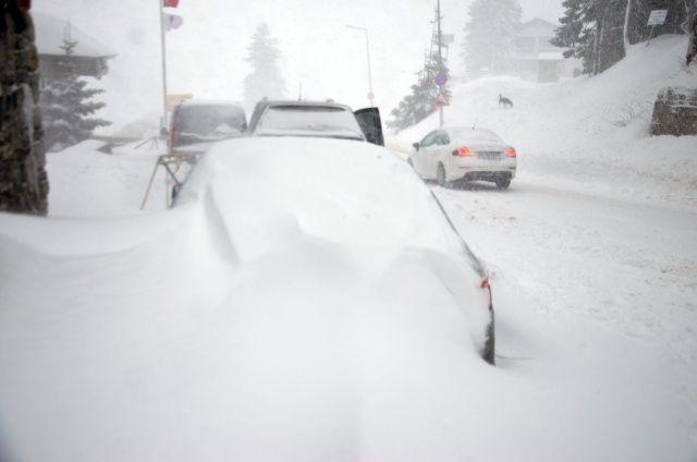 Uludağ'da kar fırtınası başladı