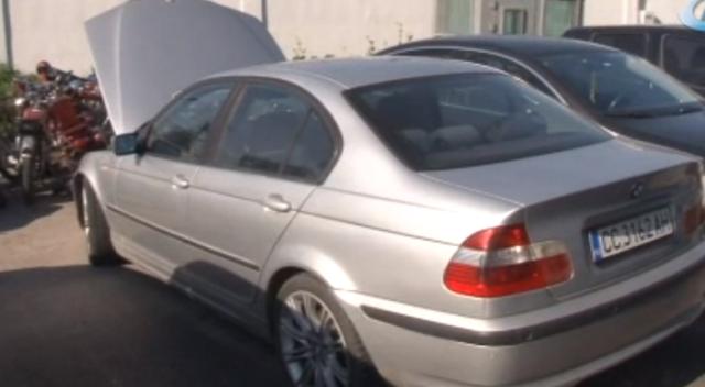 Bulgaristan'dan ucuz lüks oto aldı şase numarasını değiştirirken yakalandı