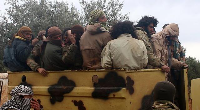 Suriyeli muhalifler çatışmalarda 400 DEAŞ'lıyı esir aldı