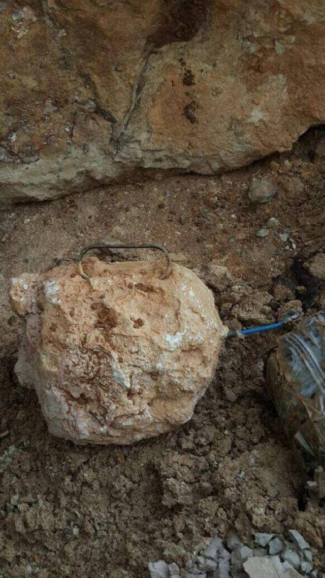 Afrin'de PKK'lıların döşediği mayınlar temizleniyor