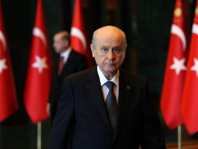 Bahçeli, 18 Mart'taki kurultayda aday olacağını açıkladı