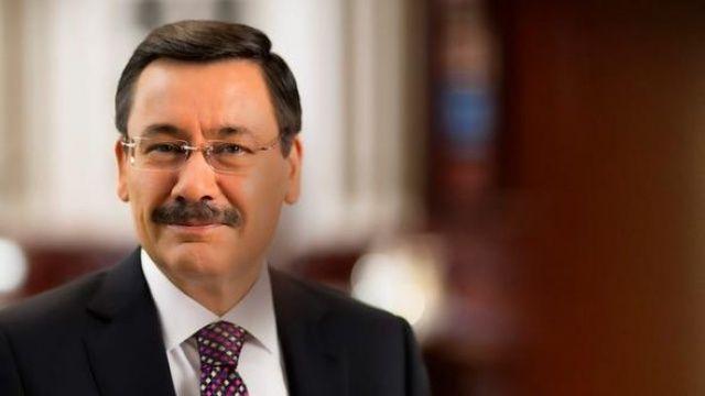 Ankara Büyükşehir Belediye Başkanı Tuna: Gökçek'in mührü var niye sileyim?