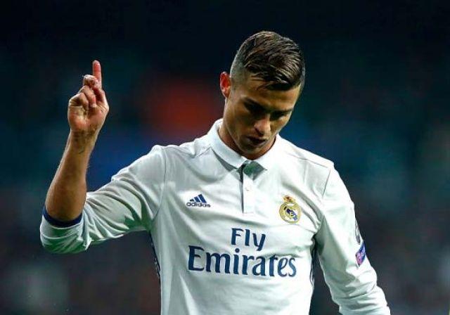 'Cristianı Ronaldo Juventus'a imza attı'
