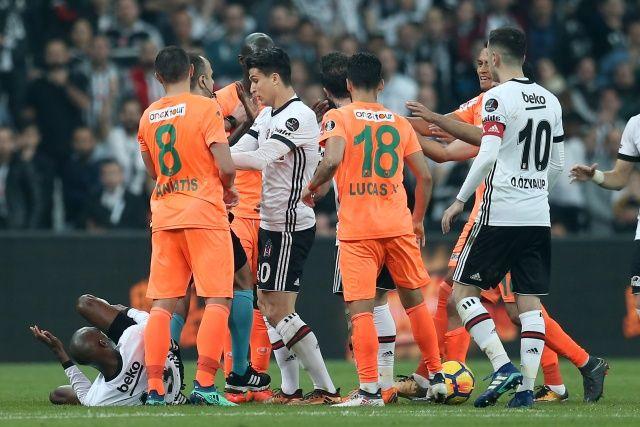ÖZET İZLE: Beşiktaş 1-0 Alanyaspor maçı özeti ve golleri izle   BJK Alanya maçı kaç kaç bitti?