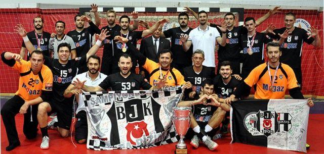 Beşiktaş Mogaz, ligin bitmesine 3 hafta kala şampiyon oldu
