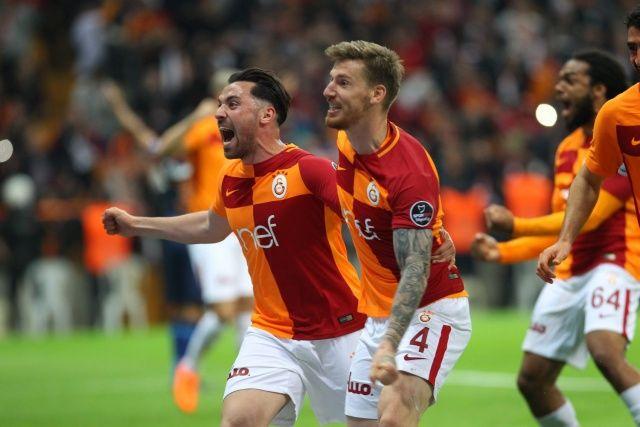 Galatasaray 2 -0 Başakşehir Maçı Özeti Golleri