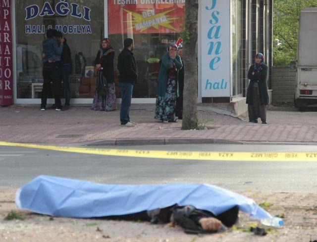 Konya'da feci kaza! Yakınları sinir krizi geçirdi