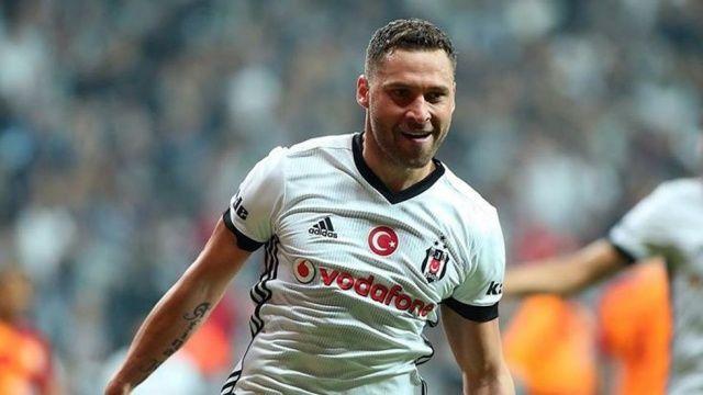Beşiktaş'ta ilk ayrılık! Çin'e transfer oldu
