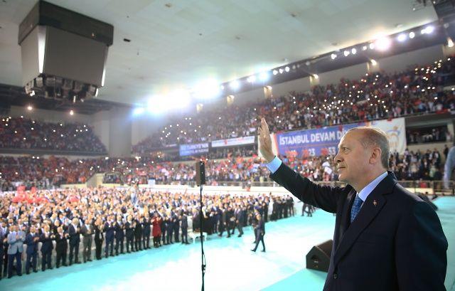 Cumhurbaşkanı Erdoğan: Size gelenlere şunu deyin...