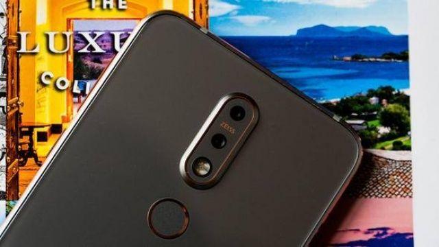 İşte Nokia'nın sakladığı yeni telefonu.. En çok bunlar satıyor