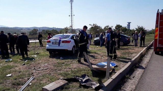 Gelin arabası kaza yaptı, çok sayıda ölü var