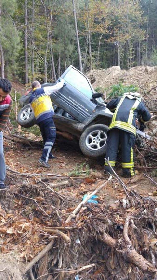 Korkunç kaza! 50 metrelik uçurumdan yuvarlandı...