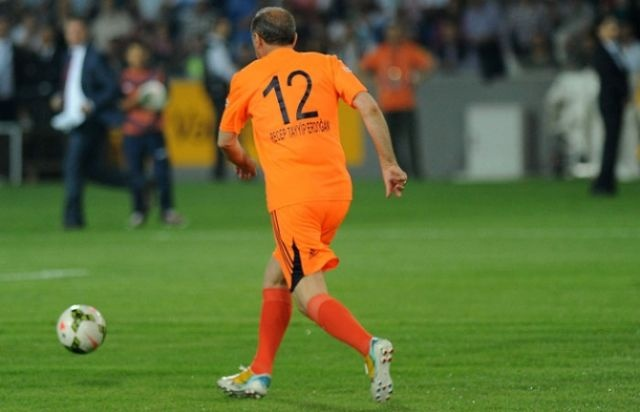 İşte Cumhurbaşkanı Erdoğan'ın oynayacağı gösteri maçının kadrosu