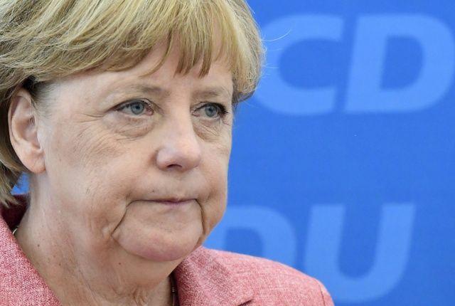 Merkel, Suudi Arabistan'a resti çekti!