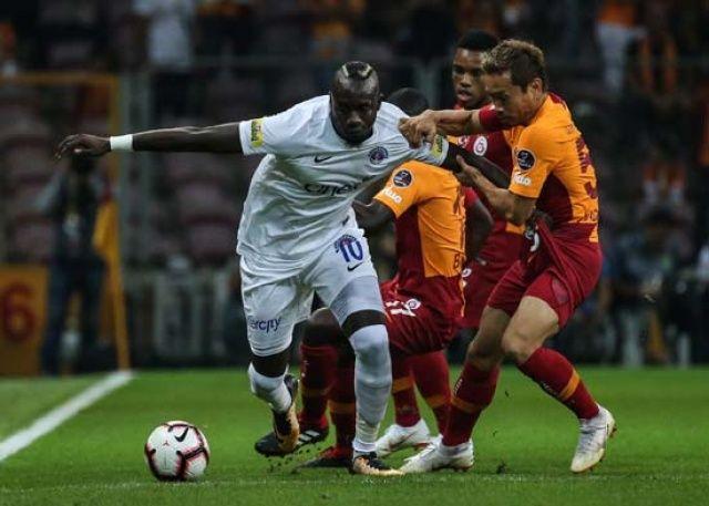 Mbaye Diagne! Devre arasında...