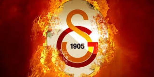 Galatasaray'dan çifte harekât! Biri Barcelona'dan diğeri İngiltere'den