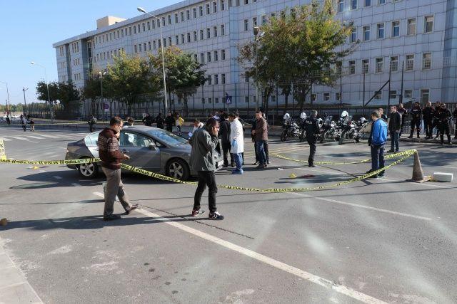Diyarbakır'da adliye çıkışında silahlı saldırı!