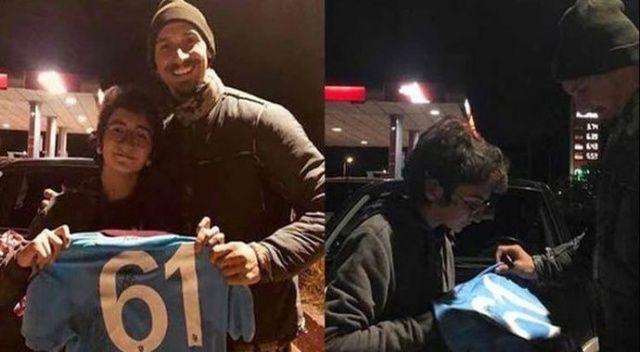 Zlatan Ibrahimoviç Trabzonspor formasıyla poz verdi