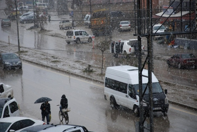 Ankara'ya kar geliyor! İstanbul'a ne zaman yağacak?