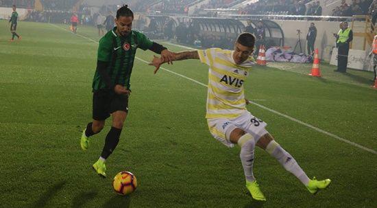 Akhisarspor - Fenerbahçe maçının fotoğrafları