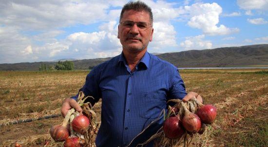 17 yıllık kariyerini bıraktı, baba ocağında çiftçilik yapıyor