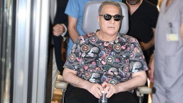 Bir kez daha hastaneye kaldırılmış, sevdiklerini korkutmuştu! Erbil'in doktorundan açıklama geldi