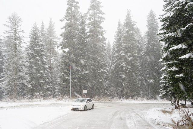 Mevsimin ilk karı yağdı! Vatandaşlar hafta sonunun keyfini çıkardı