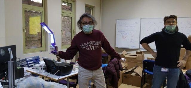 Türk bilim adamları tasarladı! Koronavirüsü 15 saniyede öldürüyor