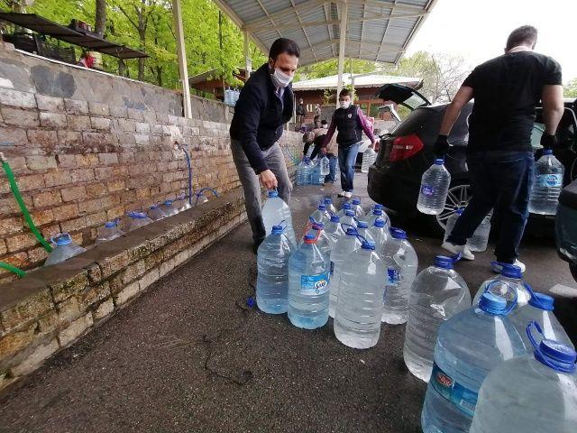 Bursa'da korona kısıtlaması öncesi kilometrelerce su kuyruğu