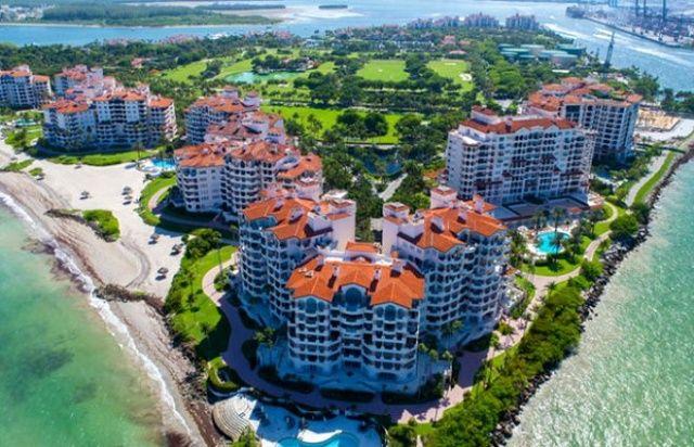 ABD'nin en zengin adası Fisher, koronaya karşı aldığı lüks önlemlerle dikkat çekti
