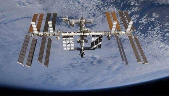 Yörüngedeki astronotlar günde kaç defa gün doğumuna şahit oluyor? (İlginç bilgiler)