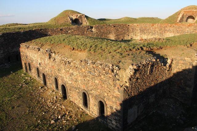 Abdulhamid döneminde inşa edildi... 135 yıllık tabyada pes dedirten görüntü!