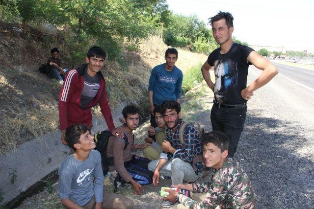 'Banker Bilo' filmi gerçek oldu, düzensiz göçmenleri İstanbul yerine Diyarbakır'a bıraktılar