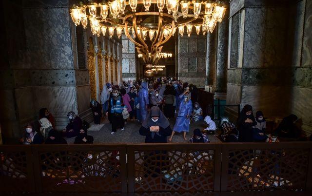 Ayasofya-i Kebir Cami-i Şerifi'ne yoğun ilgi